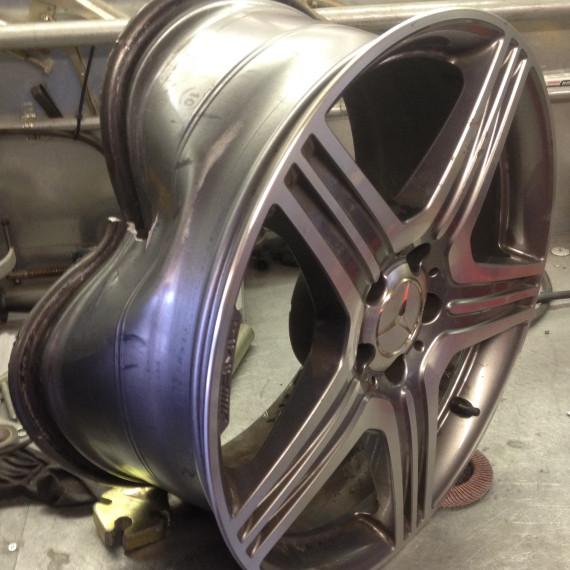 Severe Damage Alloy Wheel Repair