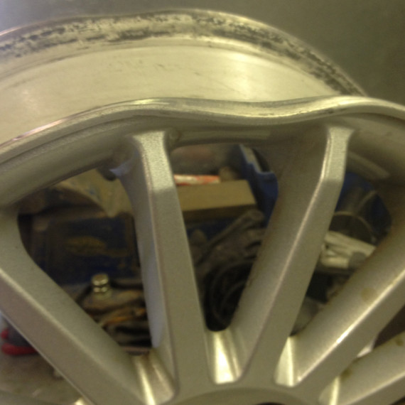 PT Cruiser Alloy Wheel Buckle repair