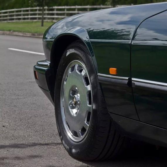 Jaguar XJS polished wheels