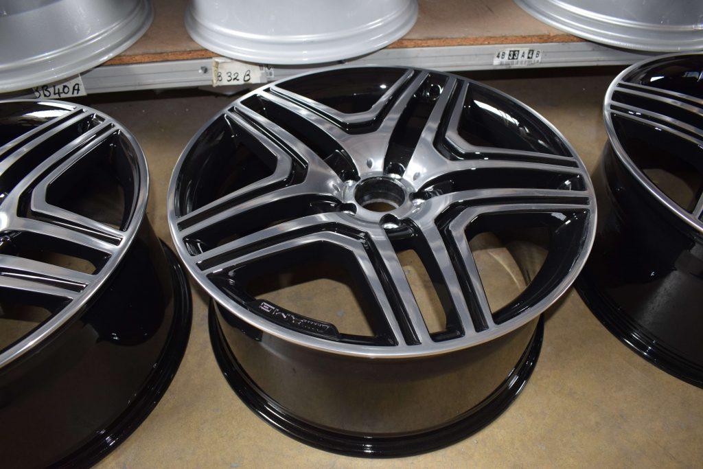 Mercedes Wheel